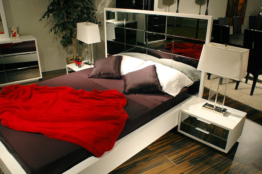 Fabulous Glass Bedroom Furniture Sets 850 x 565 · 103 kB · jpeg