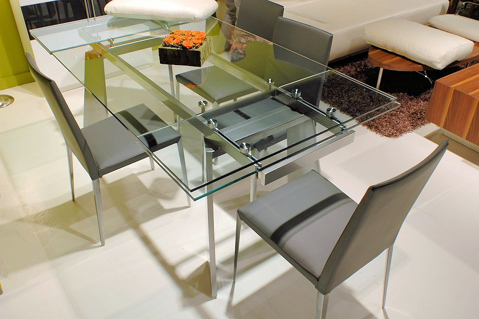 Expanble Glass Dining Table