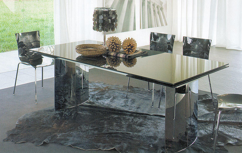 1 contemporary furniture product page for Luxury glass dining tables