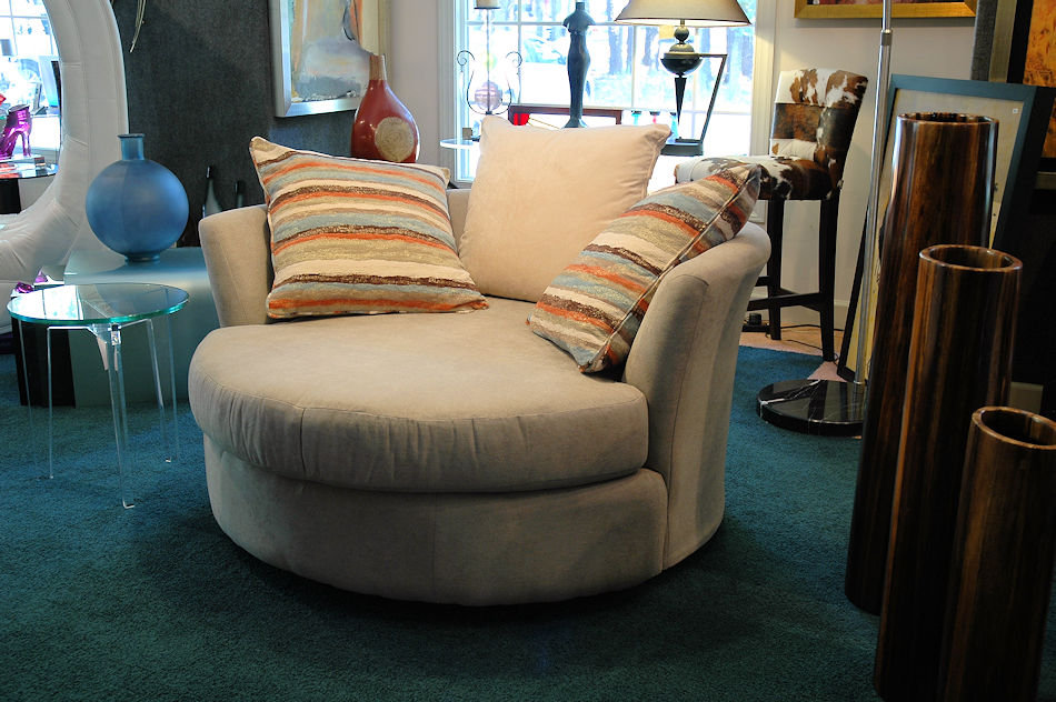 Contemporary Round Chair